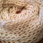 Grobmaschiger Damen Loopschal für den Winter stricken