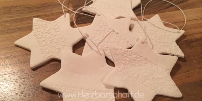 Schicke Fimo-Sterne als Weihnachtsdeko