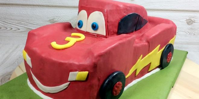 """Motivtorte """"Lightning McQueen"""" für den Kindergeburtstag"""