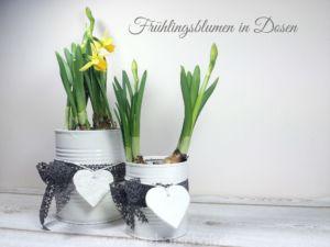 fruehlingsblumen-dosenuebertopf-selbstgemacht
