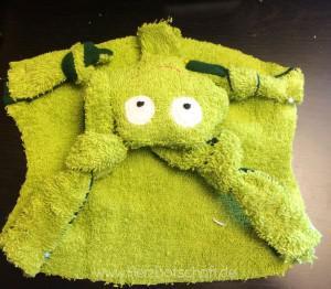 frosch-schnuffeltuch-zusammenstecken